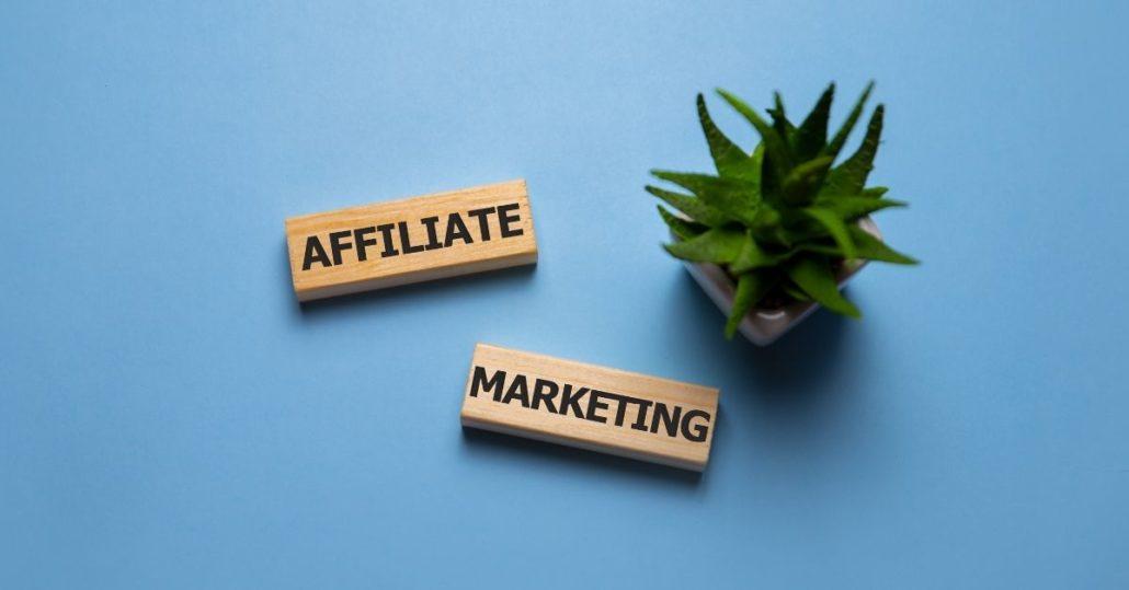Bạn có thể kiếm vài ngàn đô từ Affiliate Marketing